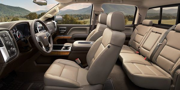Interior of 2017 Chevrolet Silverado 1500
