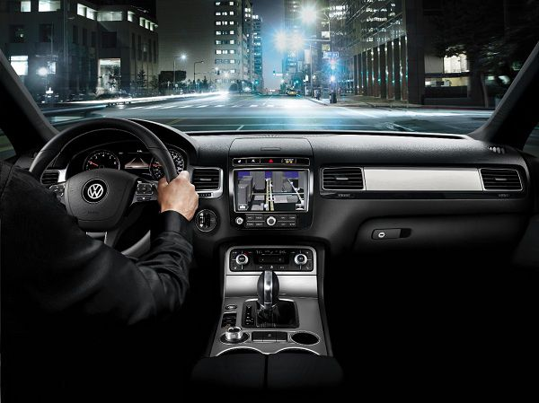 Interior of 2017 Volkswagen Touareg