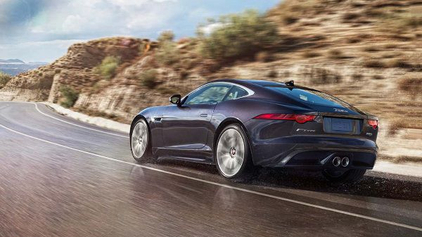 The Performance of 2017 Jaguar F-Type