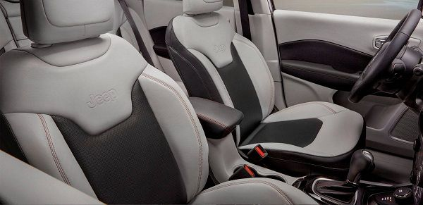 Interior of the 2017 Jeep Compass