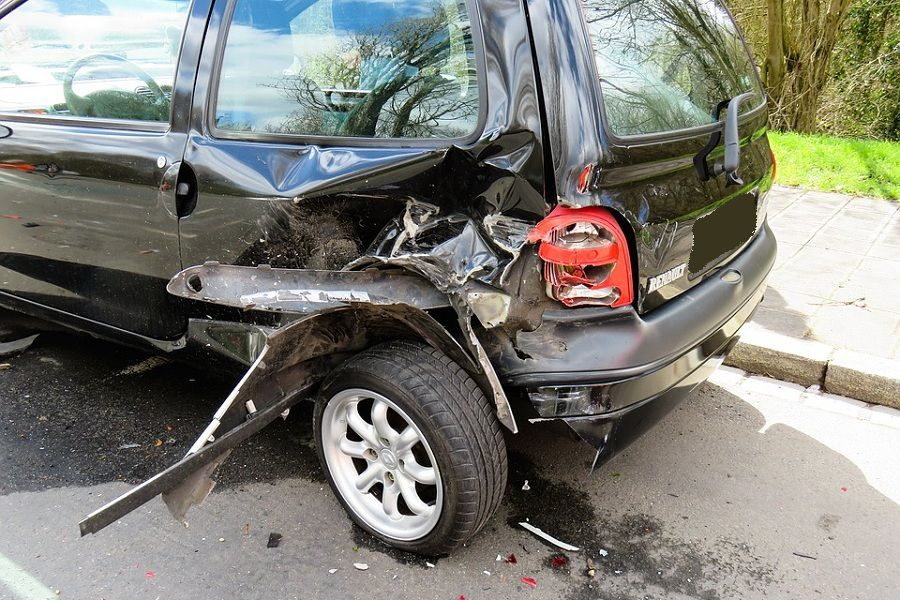 Finding the Right Platform to Sell a Damaged Car in the UAE