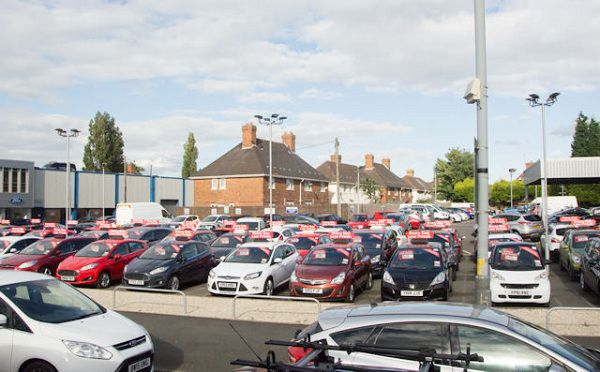 Can the Private Car Dealers Sell Your Car Safely?
